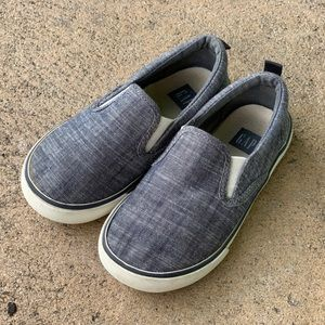 GAP - Chambray Slip On Sneakers